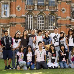 Лагерь на базе Royal Holloway University of London